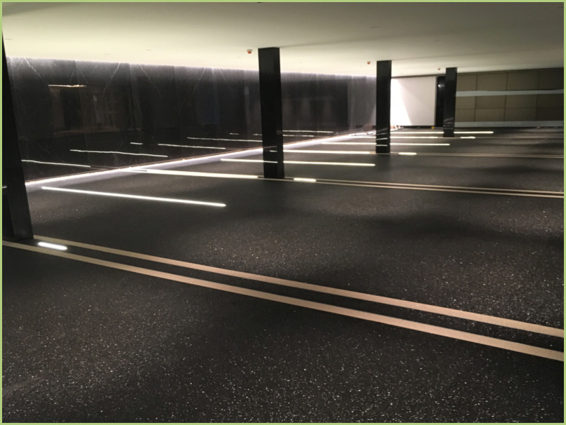 Parking sous terrain - Nero Ebano